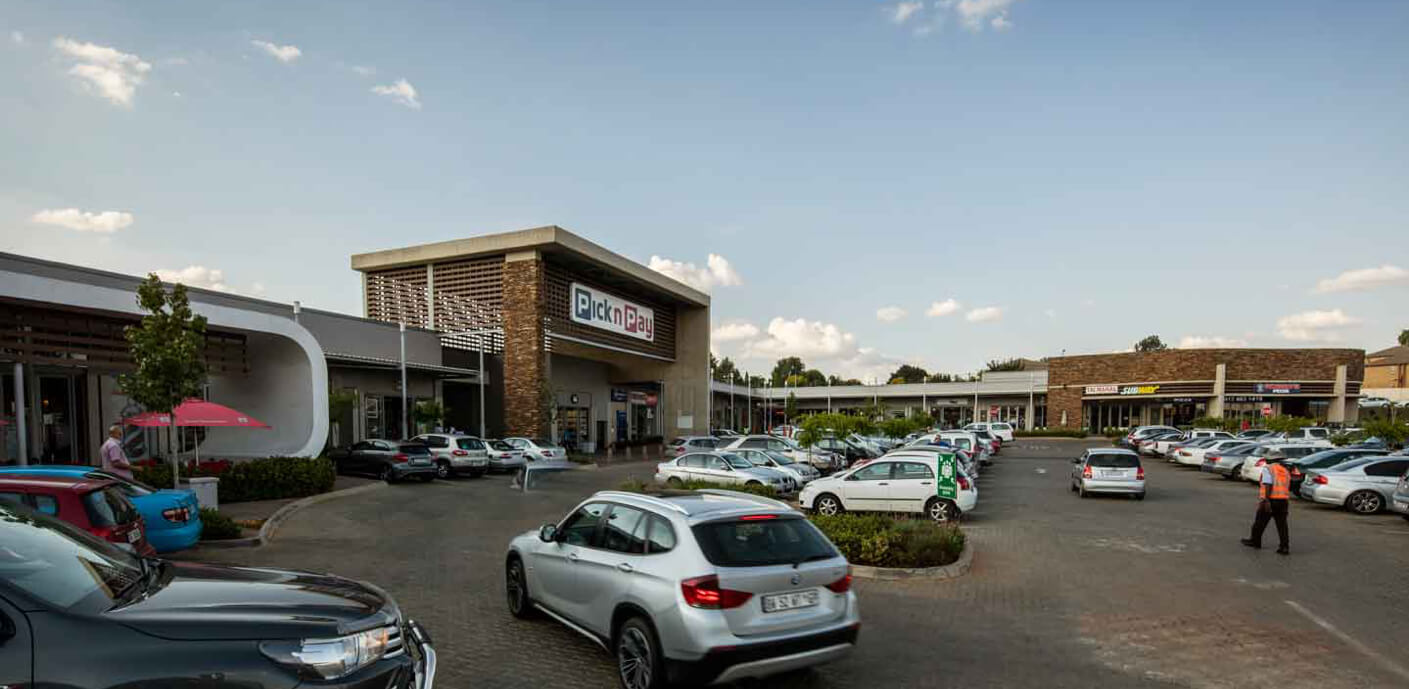 PicknPay entrance at Jean Crossing in Centurion