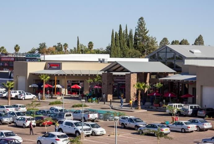 Entrance of Kalahari Mall in Upington