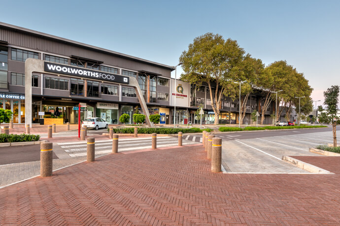 Entrance of Woolworths Food at Queenswoord Quarter in Pretoria