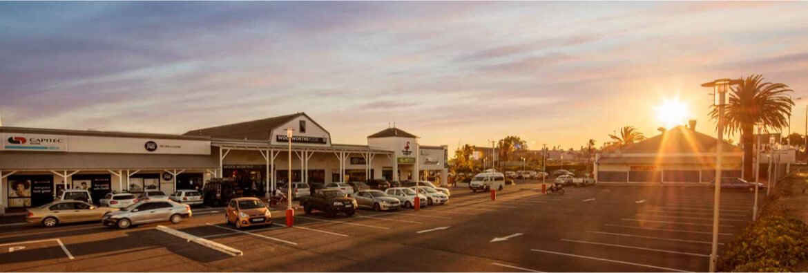 Building at parking lot of Flamingo Square in Table View managed by Dorpstraat Properties