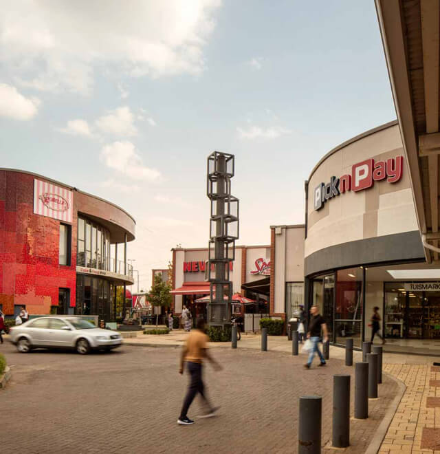 https://dorpstraat.net/wp-content/uploads/2020/05/Northcliff-Square-002.jpg